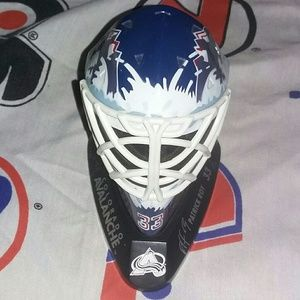 1998 Colorado Avalanche Patrick Roy Goalie Mask
